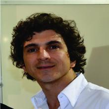 Presidente do Sindicato da Indústria do Vestuário de Uberaba, Frank Prado, juntamente com toda a diretoria do SINDIVESTU, tem se preocupado muito com o ... - FRANK-SITE-1
